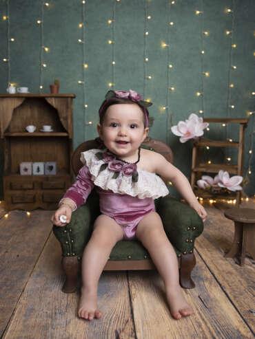 Doğum fotoğrafçısı bir yaş çekimi